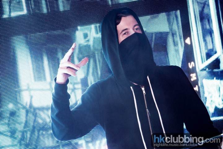 alan walker 1st time in hong kong at level_29