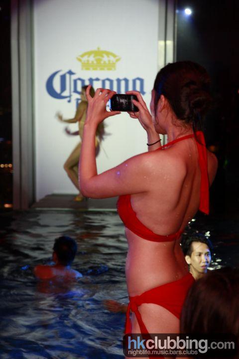 corona_pool_68